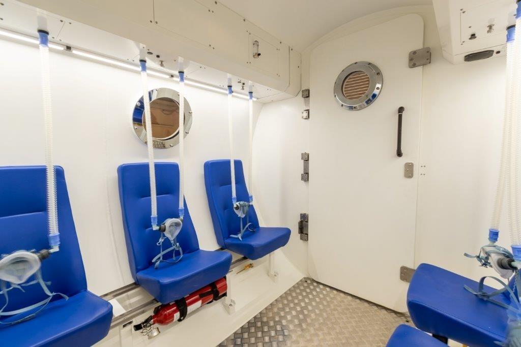 高压氧气医疗舱