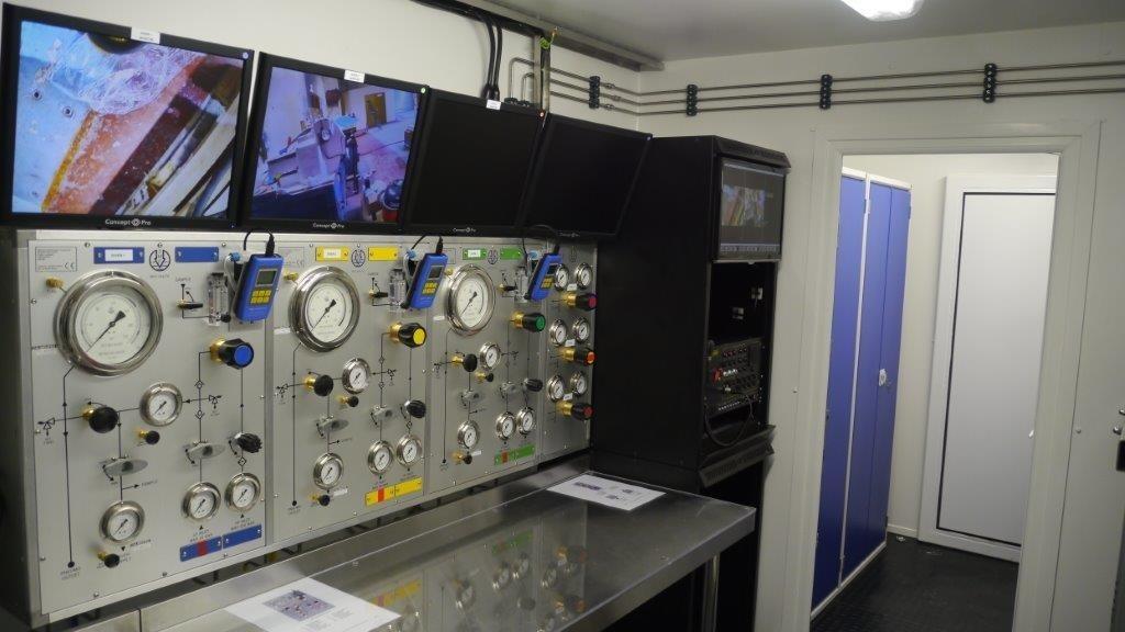 潜水减压控制室