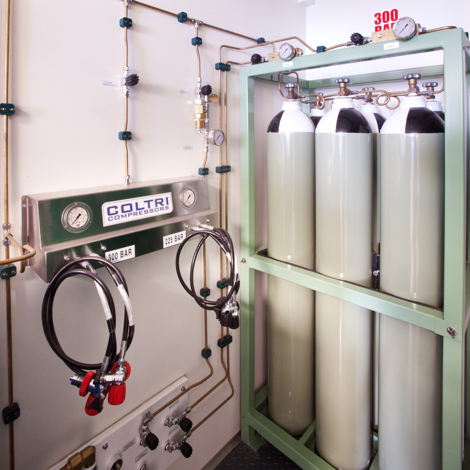 Coltri Air tanks in containerised unit