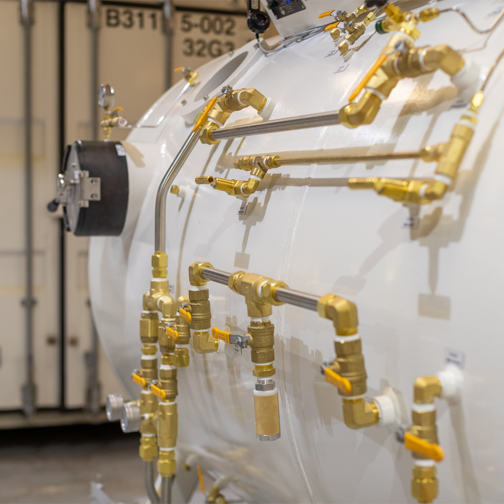 diving decompression chamber pipes and valves