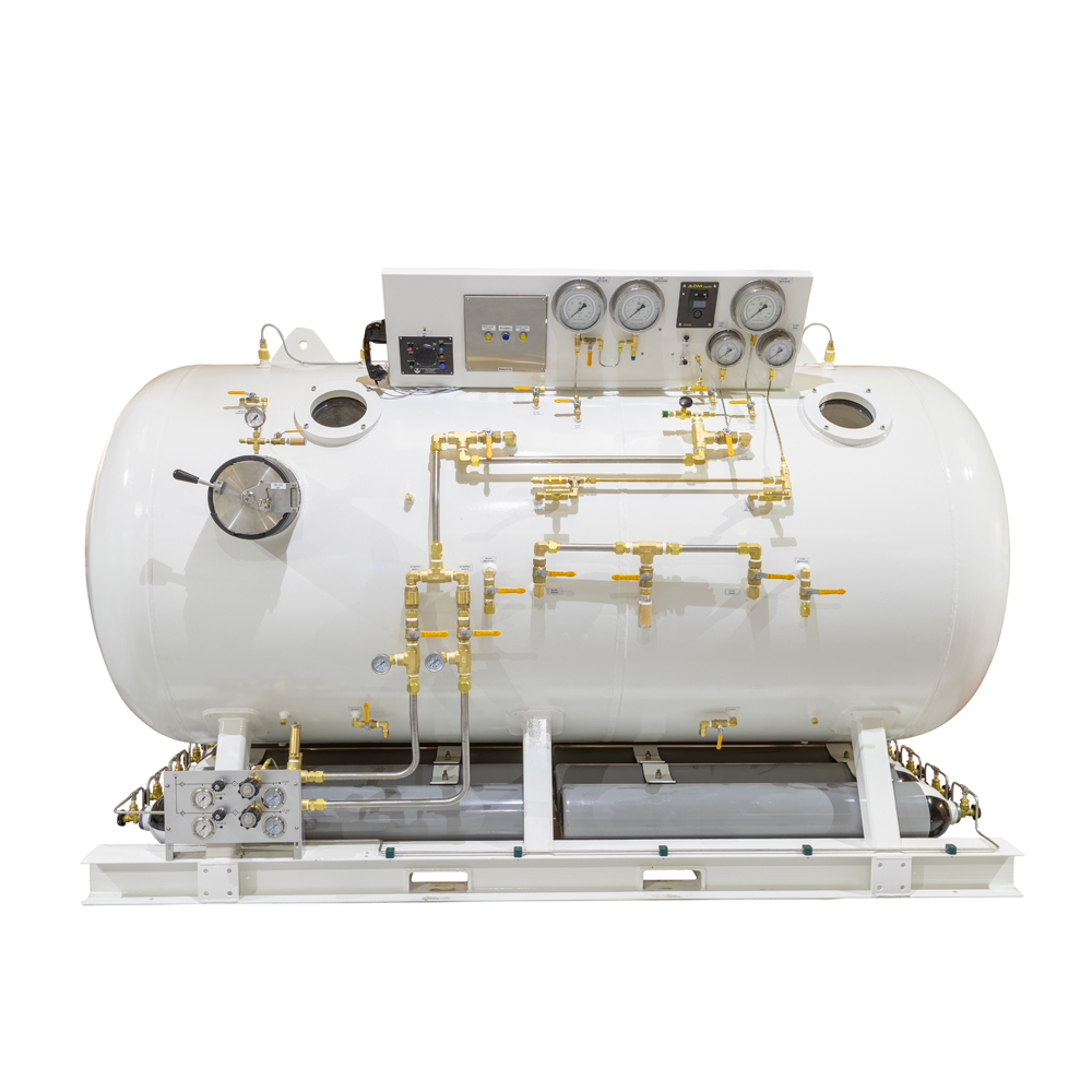 Decompression chamber tank isolated
