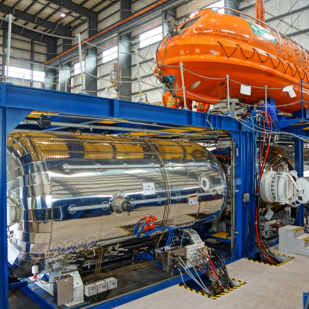 Hyperbaric reception facilities submarine rescue