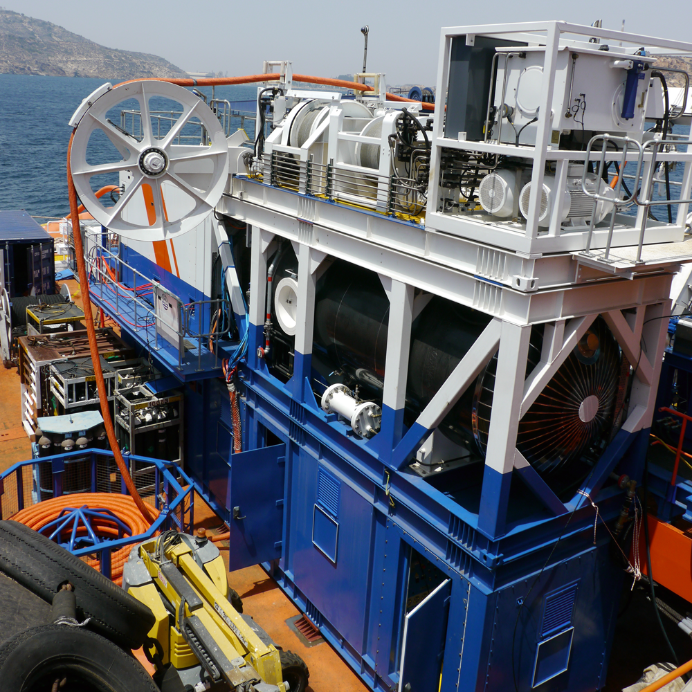 Saturation Diving Systems on board ship