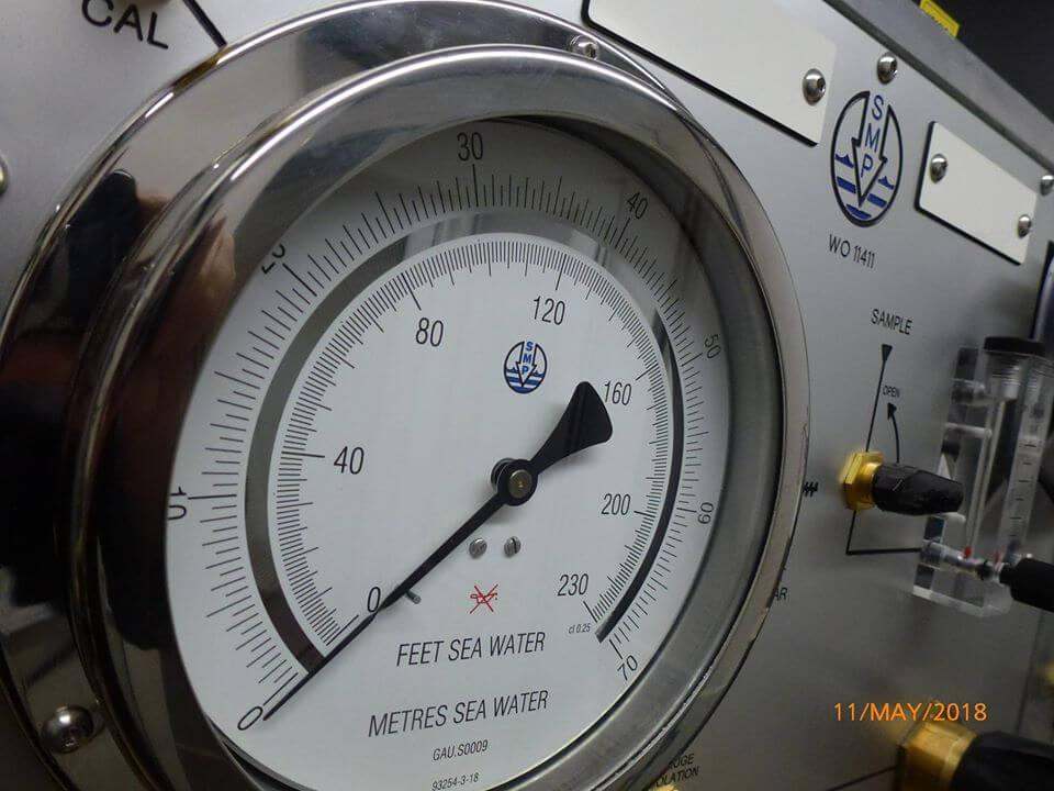 depth gauge on control centre