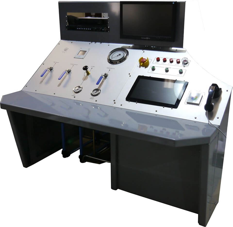 isolated control panel for V6 hyperbaric chamber