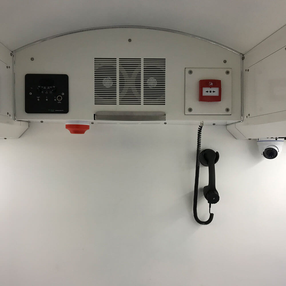 comms system inside hyperbaric chamber