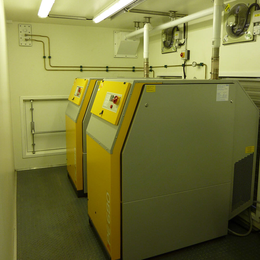 Hyperbaric chamber support system