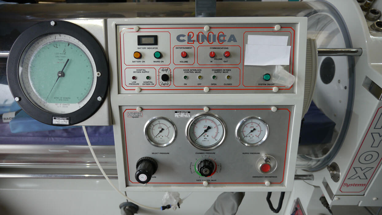 single person hyperbaric chamber servicing