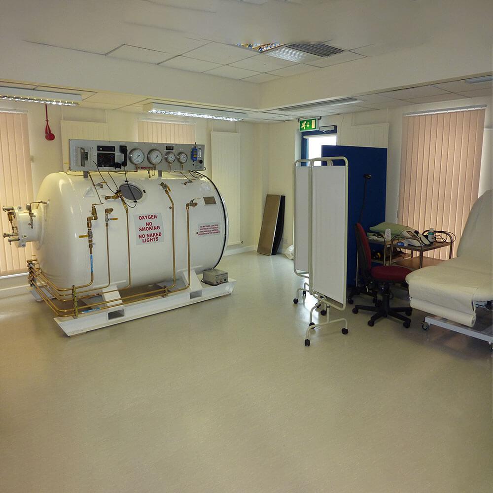 2-man hyperbaric chamber